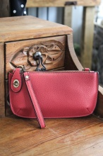 Crossbody Wristlet in Strawberry